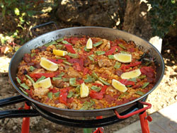 The Paella Company Chicken Amp Red Pepper Paella